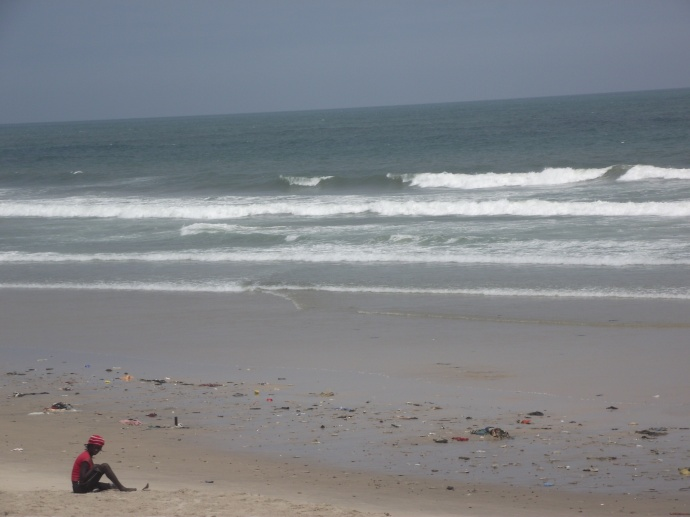 """""""Mulher na praia"""", by Cássio Serafim, Accra, Ghana."""