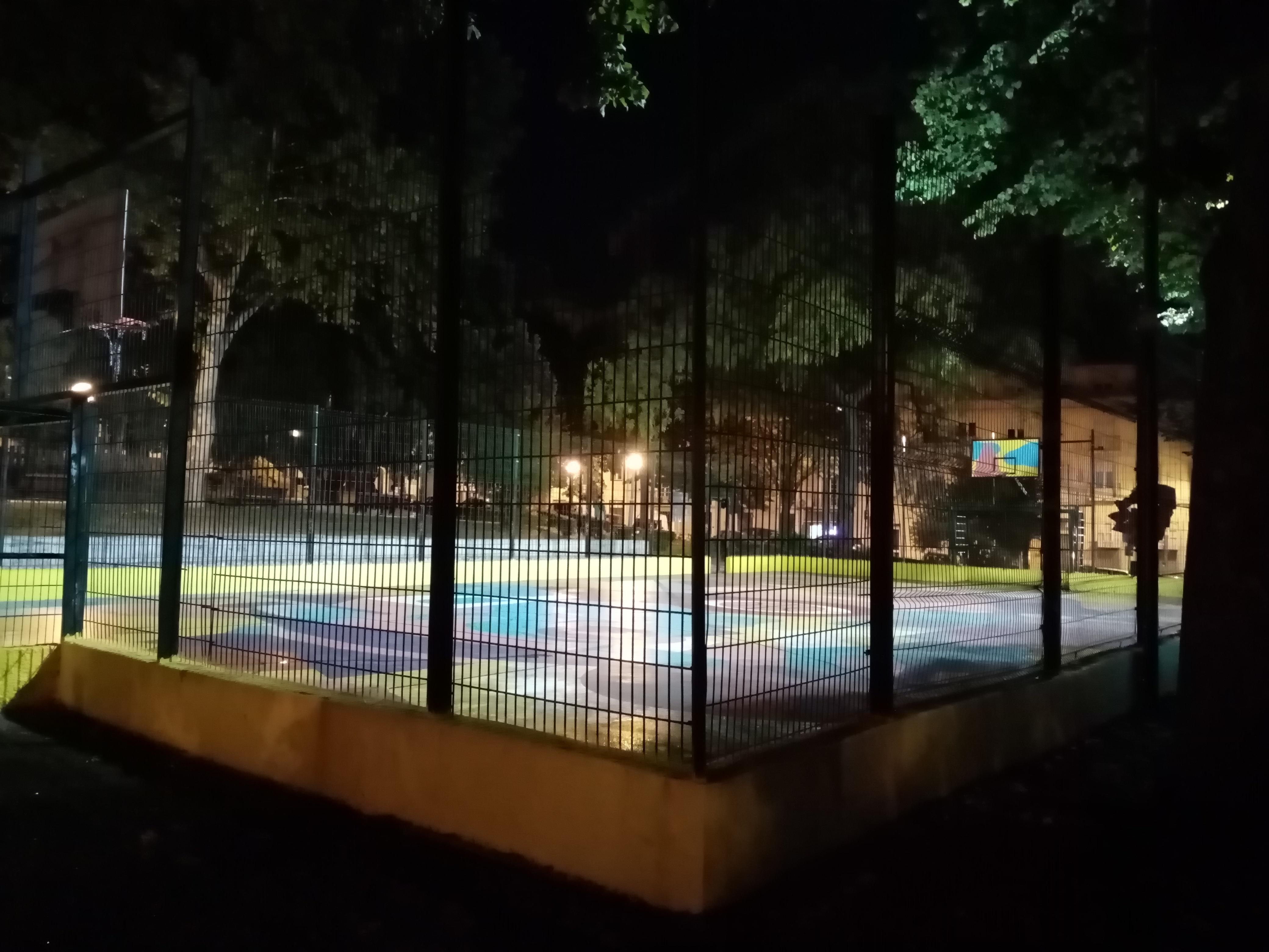 Quadra de desporto do Campo Mártires da Pátria, Lisboa.